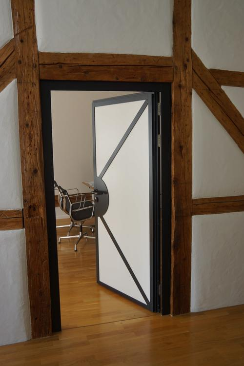 Co-working space oder Einzelbüro im historischen Zentrum von Luzern (1)