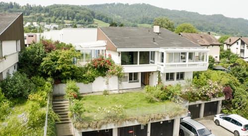 Alleinstehendes 8 1/2 Zimmer Einfamilienhaus in Langnau am Albis (1)