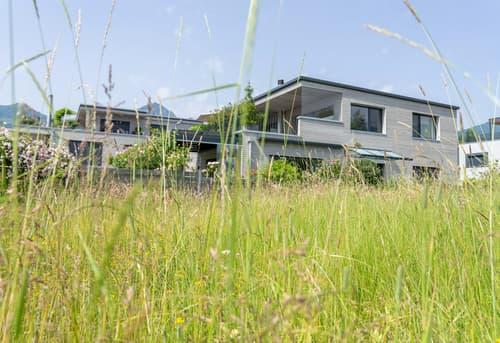 Einfamilienhaus in Sachseln mit Anteil an Seeparzelle