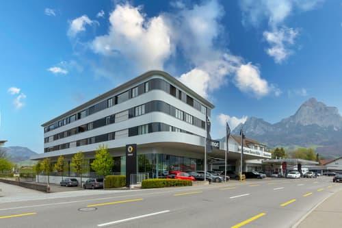 Mehrfamilienhaus in Schwyz - 12 Wohnungen im Stockwerkeigentum (1)