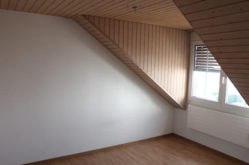 Dachwohnung inkl. Strom + Akonto Heizkosten (1)