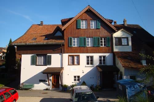 Horgen, Käpfnach. Wohnen im Riegelhaus (1)