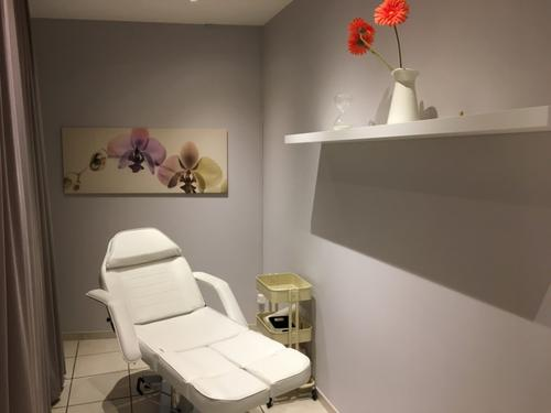 Kosmetik & Nail  Studio (1)
