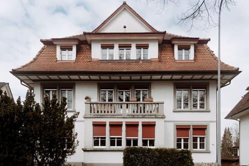 Gepflegtes Dreifamilienhaus an ruhiger und zentraler Lage (1)