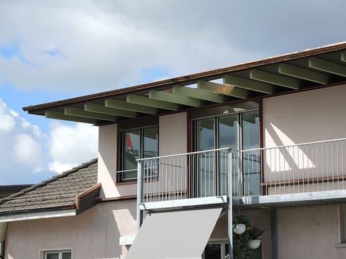 Eine gemütliche, helle 2,5-Zimmer Dachwohnung, plus separatem Raum.