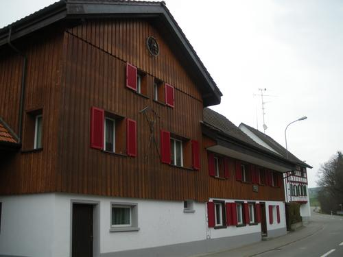 Heimelige Wohnung in freundlicher Nachbarschaft (1)