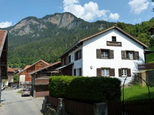 Mehrfamilienhaus in Scharans