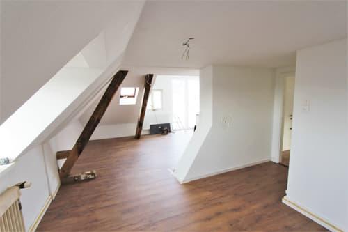 Helle 3 Zimmer Wohnung in einem ruhigen Quartier (1)