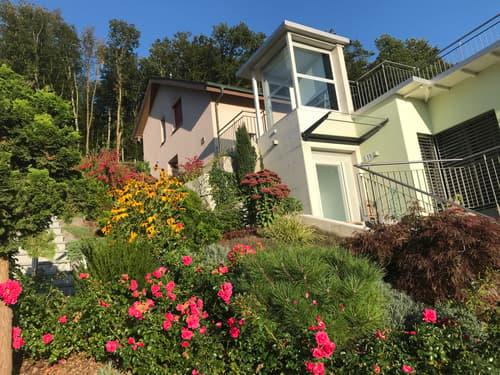 Einfamilienhaus mit riesiger Terrasse und atemberaubendem Ausblick in Eggenwil (1)