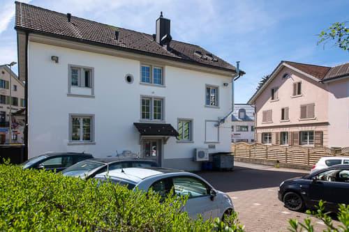 Wohn-/Geschäftshaus in Wald ZH (1)