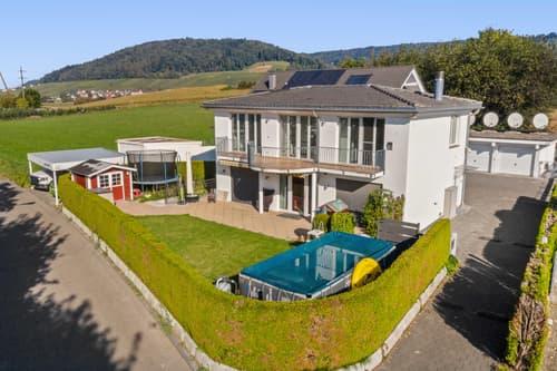 Freistehendes Einfamilienhaus in Unterengstringen