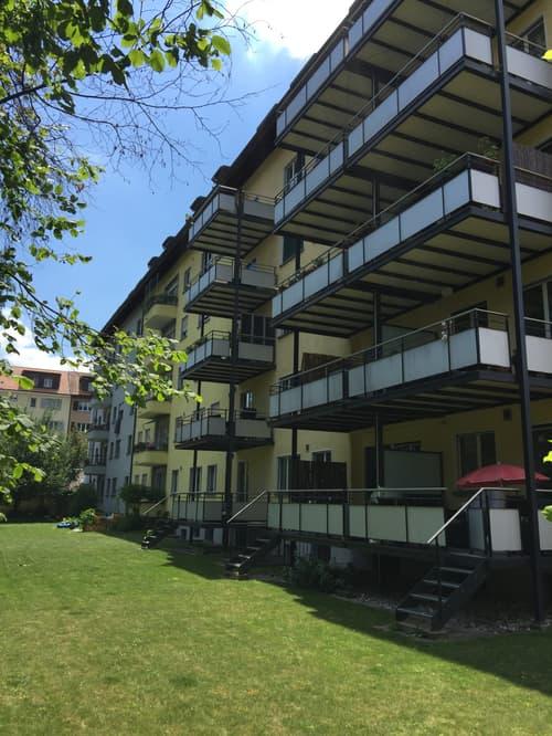 Bern-Breitenrain / sanierte, gemütliche Dachwohnung (1)