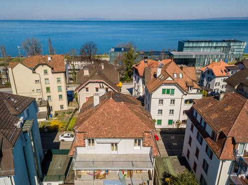 Mehrfamilienhaus mit Geschichte und Stil, sehr nahe am Bodensee und Bahnhof (1)