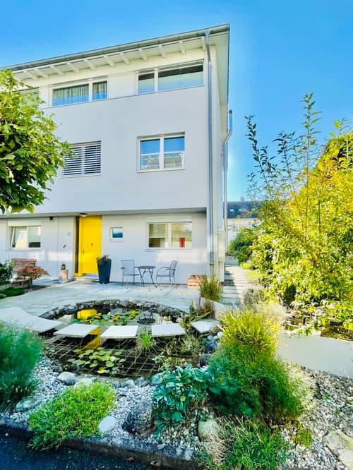 Grosszügiges Einfamilienhaus in beliebtem Wohnquartier (1)