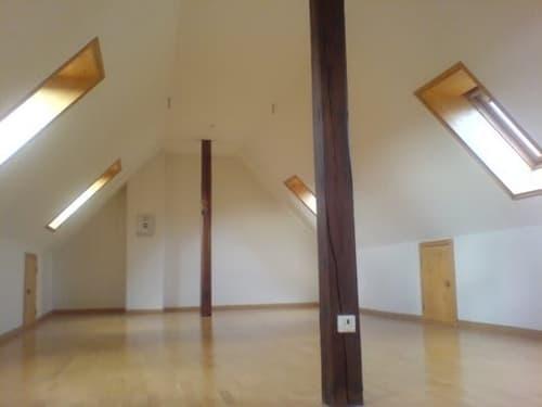 ruhige Dachwohnung mit Pfiff auf zwei Etagen Bern Zentrum Victoriaplatz Wochenaufenthalter (1)