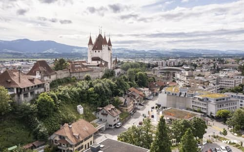 Immobilien Wyss - Renditeobjekt/Bauland beim Schlossbergparking Thun
