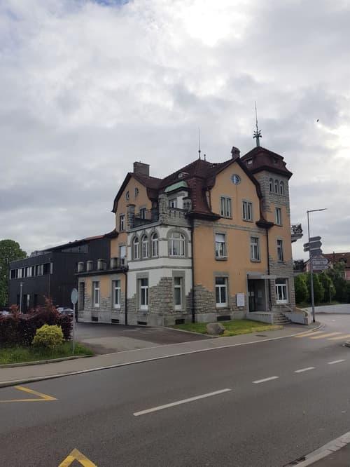 Stilvolle Büroräume in der historischen Villa Breitehof suchen neue Mieter