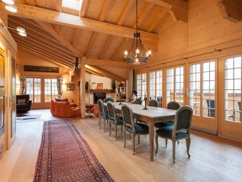 Gemütliches penthouse zu verkaufen in Lauenen/Beautiful penthouse for