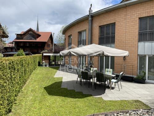 Stilvolles, grosses Einfamilienhaus mit eigenem Swimmingpool