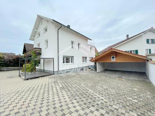 Renoviertes 3-Familienhaus mit viel Umschwung!