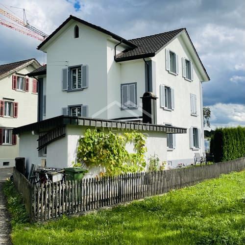 Traumhaftes 2-Familienhaus in idyllischem Wohnquartier