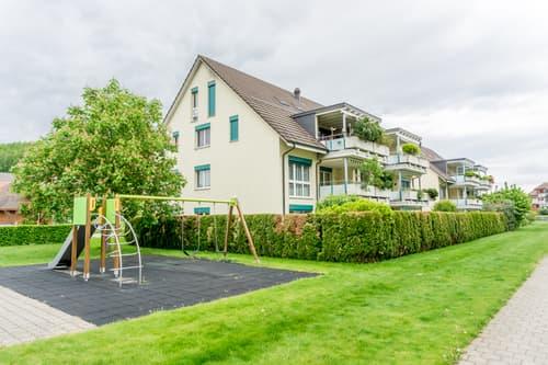 Sonnige 3.5-Zimmer-Wohnung mit grossem Balkon an ruhiger Wohnlage