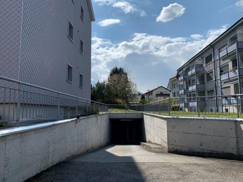 Einstellhallenplatz in Thun zu vermieten!