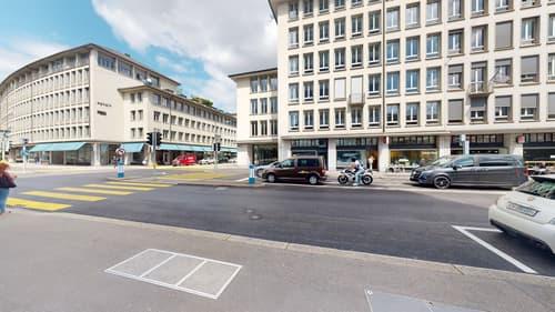 Gallerie-/Ladenfläche in ehemaligem Bankgebäude (1)
