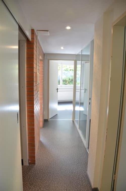 Gewerberäumlichkeiten 75 m2 im Erdgeschoss zu vermieten