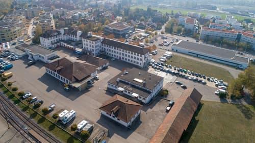 Freie Parkplätze in der Nähe vom Bahnhof Langendorf