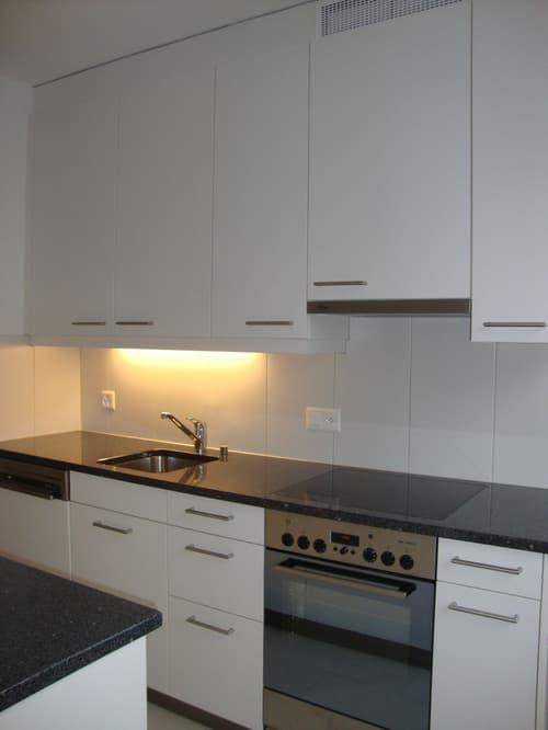 Foto-Küche-MO18-3.5-ZiWhg-1.OG