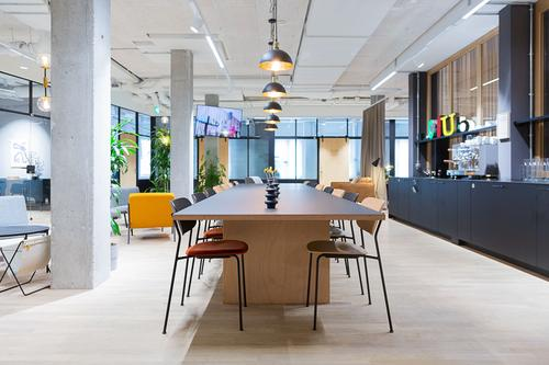 Move-in-ready™ Büro am Barfüsserplatz zu flexiblen Konditionen. (1)