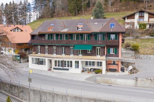 Neu sanierte Wohnung in Heiligenschwendi !