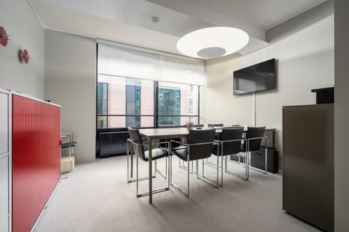 Luminoso ufficio al 2° Piano