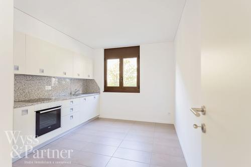 TEGNA - Moderno appartamento 4,5 locali con giardino