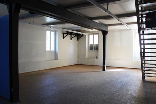 Bedano - magazzino / spazio polivalente
