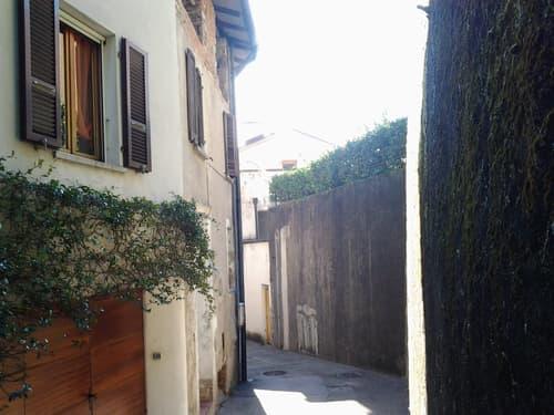 Ottimo investimento - Casa di nucleo a Riva San Vitale