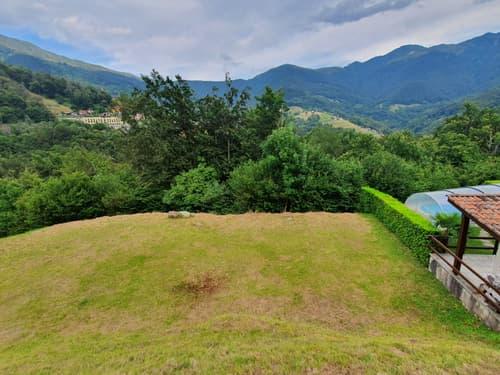 VALCOLLA - Lugano TERRENO EDIFICABILE 935 mq