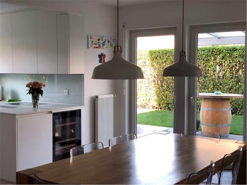 Moderna Villa a Magliaso vicino a tutti i servizi