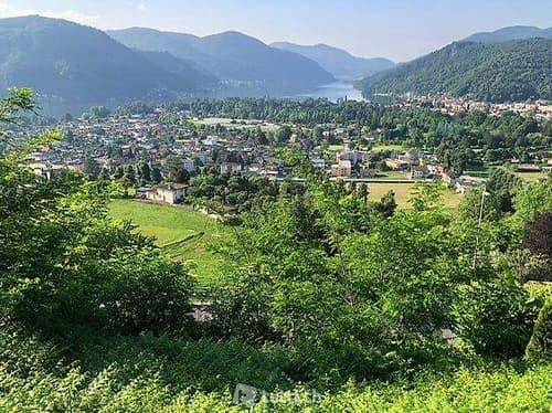Terreno edificabile con vista lago a Neggio