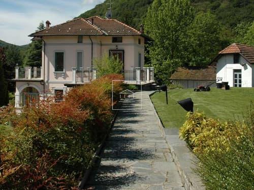 Villa d'epoca sul Lago Maggiore