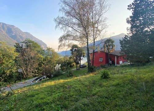 Bauland und Seesicht / terreno edificabile con vista lago