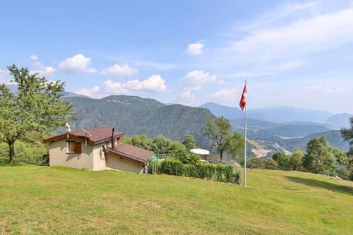 wunderschönes 2-Zimmer-Bergrustico mit Umschwung und Aussicht / rustico di 2 locali con terreno e bellissima vista