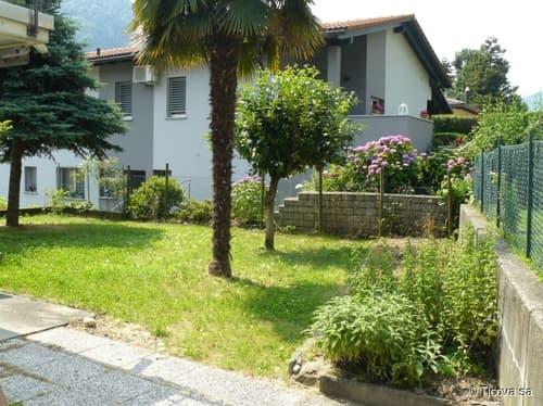Mezzovico - Casa In Zona Residenziale, Tranquilla e Soleggiata