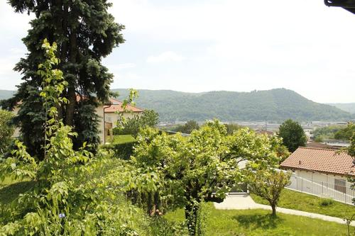 Bel terreno edificabile in pacifica zona residenziale estensiva.
