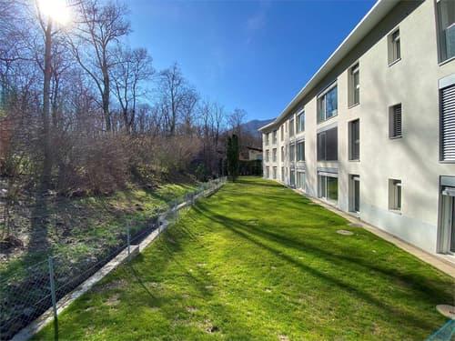 Appartamento di 2,5 locali con vista bosco