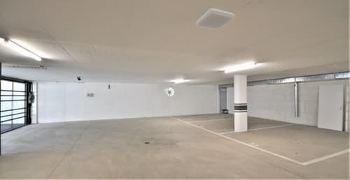 Vendesi posti auto in autorimessa in nuova palazzina a Minusio