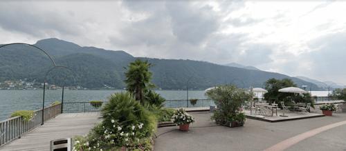 Ottima opportunità - palazzina con stupenda vista lago