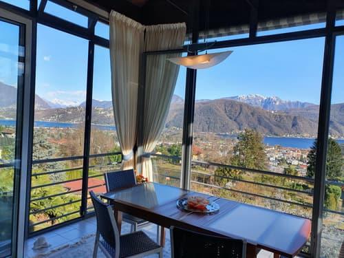 Bellissimo appartamento di 5.5 locali con una vista splendida sul lago e le montagne