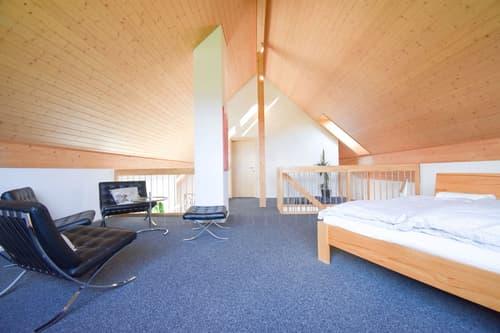 5½-Zimmer-Attikawohnung mit zwei Einstellhallenplätzen